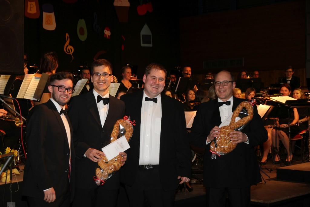 Dirigenten_Vorsitzende_Musikverein_Konzert2015